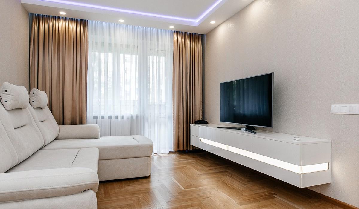 Современная мебель в прихожую и гостиную по улице Лещинского 17
