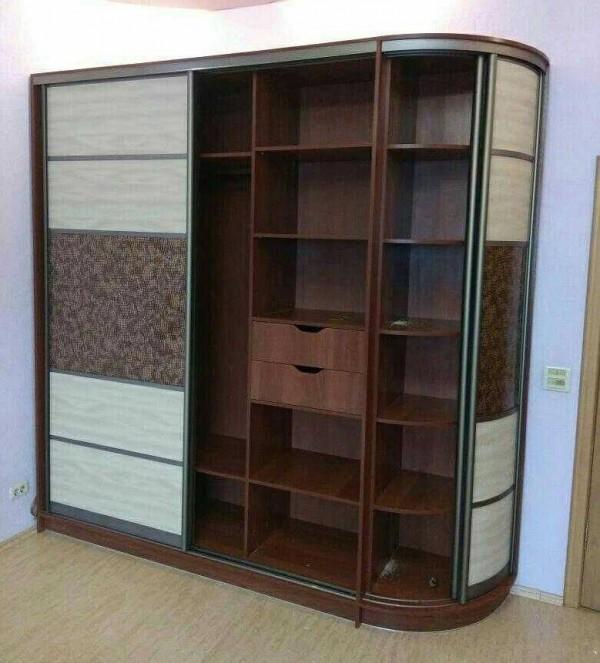 Радиусный шкаф-купе №20