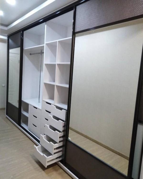 Шкаф-купе для гостиной № 90