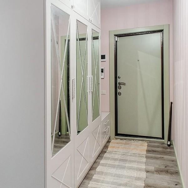 Распашной шкаф для прихожей № 157
