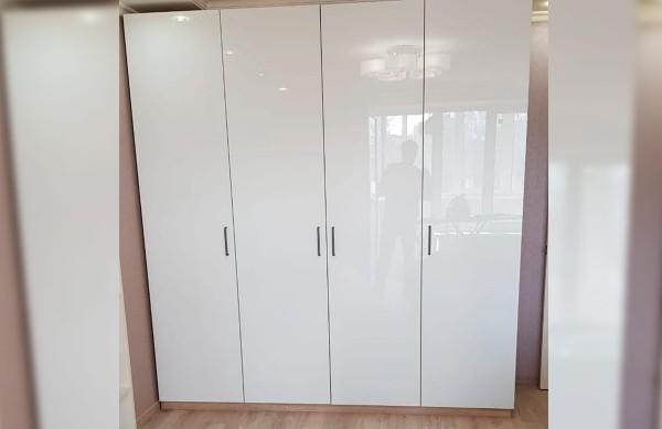Распашной шкаф в гостиную № 156
