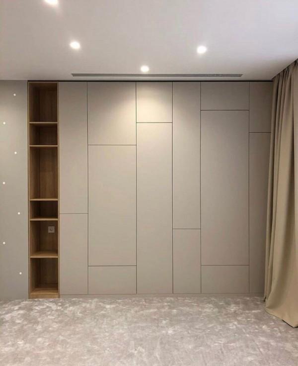Распашной шкаф в гостиную № 141