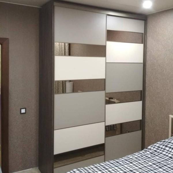 Шкаф-купе в спальню №44