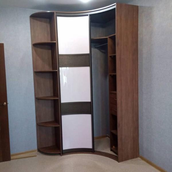 Радиусный шкаф-купе №24
