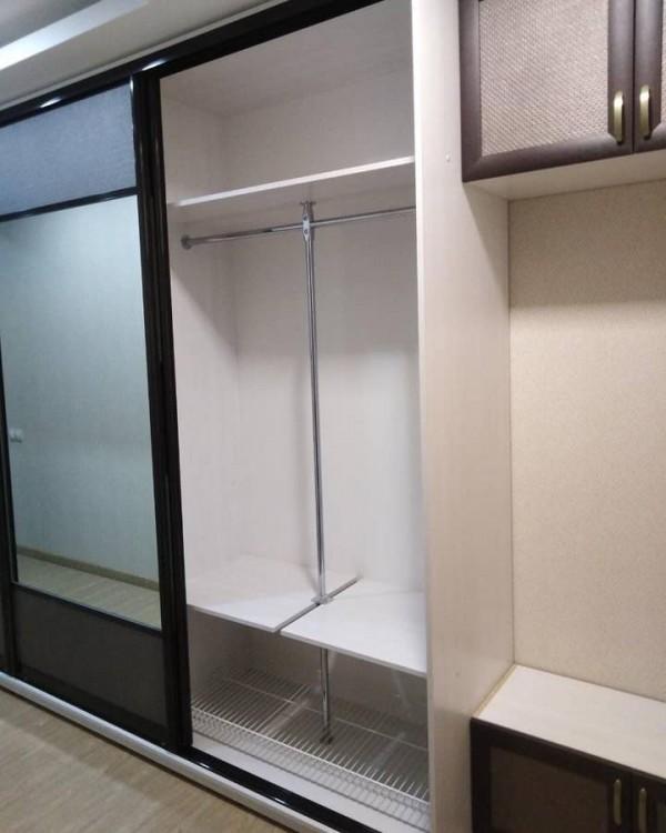 Шкаф-купе для гостиной №48