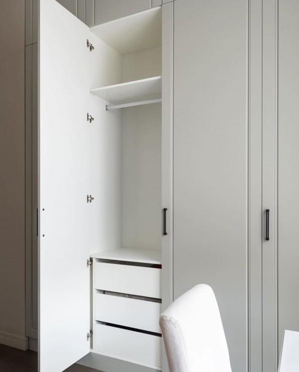 Распашной шкаф в спальню № 149