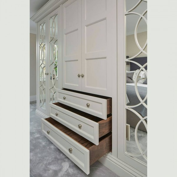 Распашной шкаф в спальню № 159