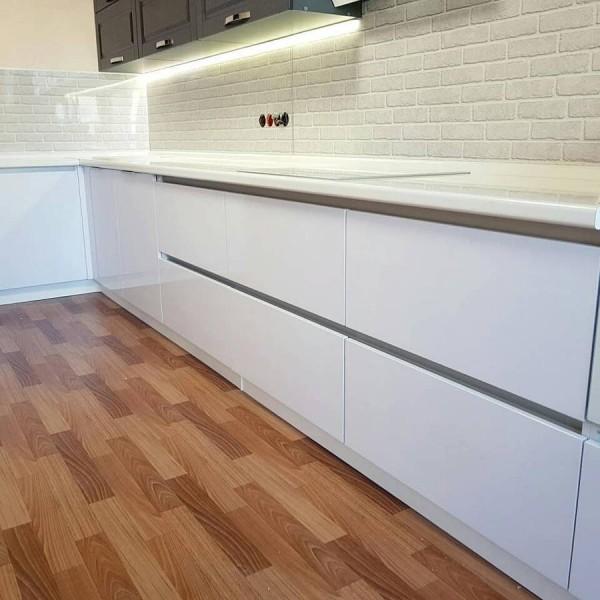 Кухня из пластика №134