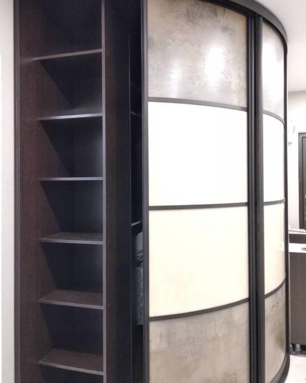 Радиусный шкаф-купе №25