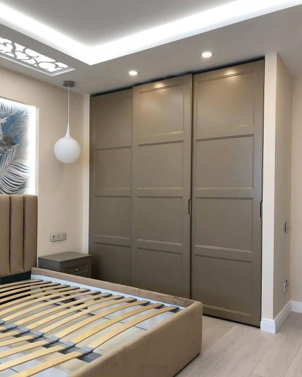 Шкаф-купе в спальню № 150
