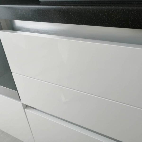 Кухня из пластика Феникс №118