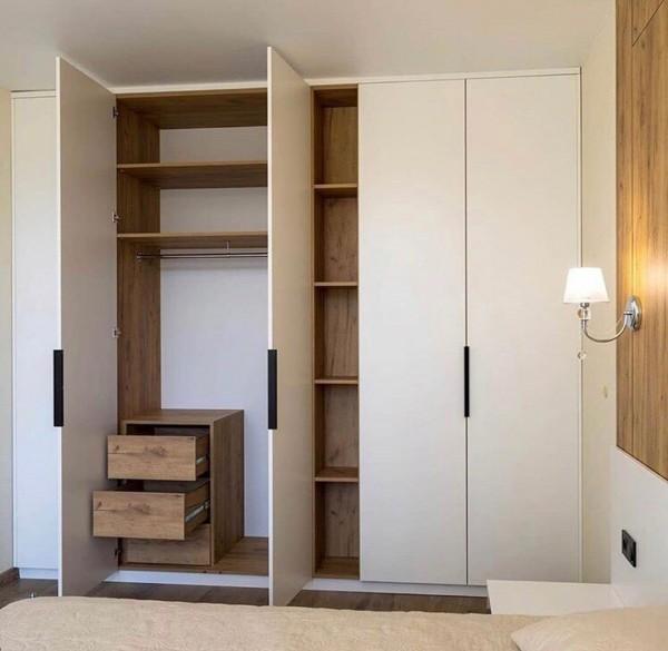 Распашной шкаф в спальню № 144