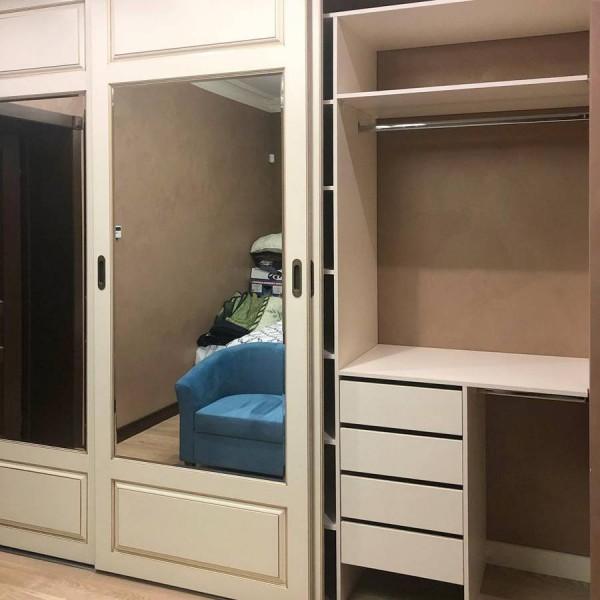 Шкаф-купе в спальню №39