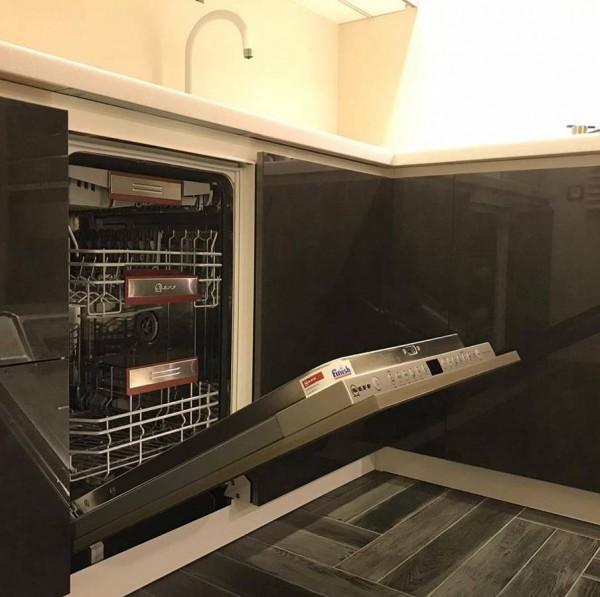 Кухня из крашеного МДФ №59