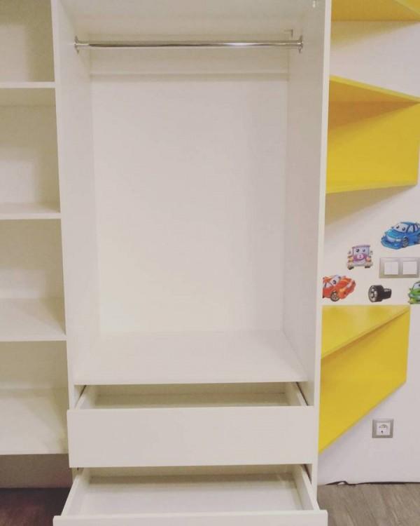 Шкаф-купе в детскую №36